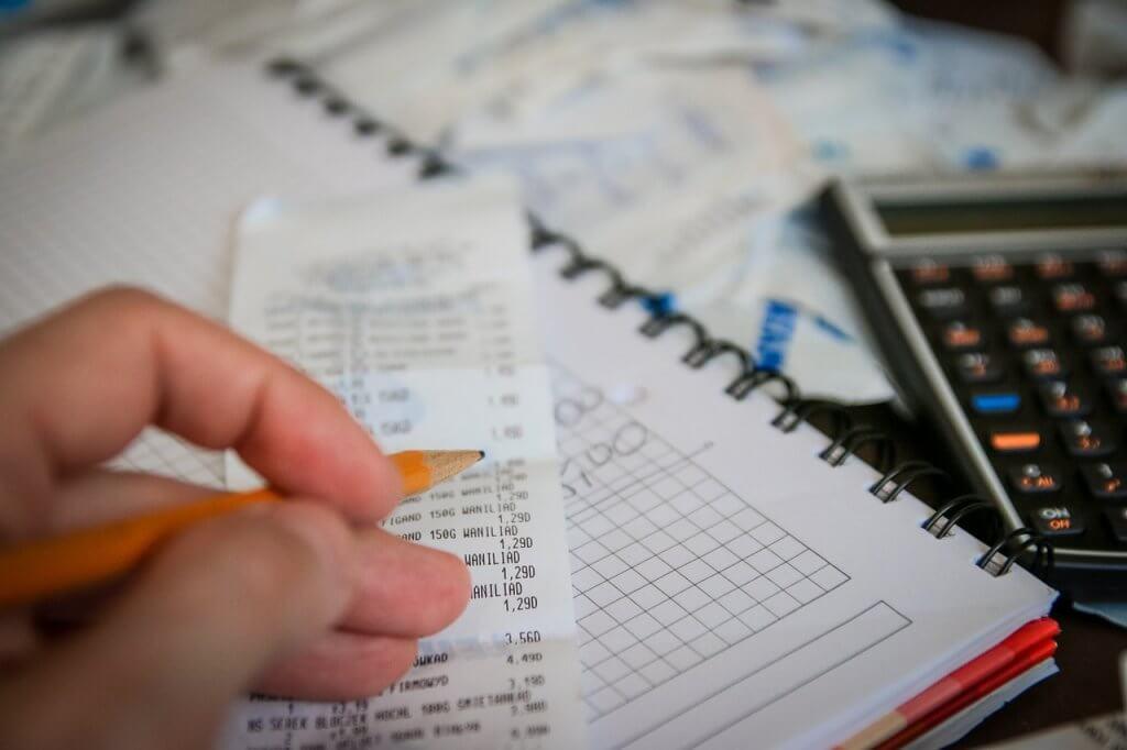 めちゃ簡単!源泉徴収票とフリーランスエンジニアの基礎知識